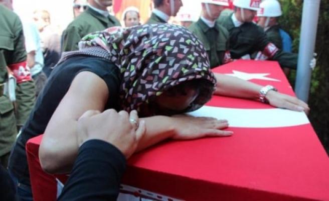 İntihar eden Yarbay Önder'in cenazesi Samsun'da toprağa verildi