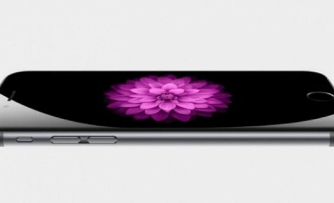 Iphone 6 Apple'ın değerini 17 milyar dolar artırdı!