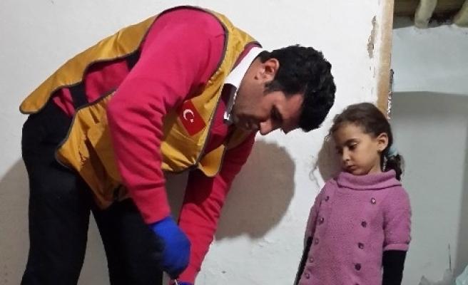 İyilik-der, Suriyeli Aileye Elini Uzattı