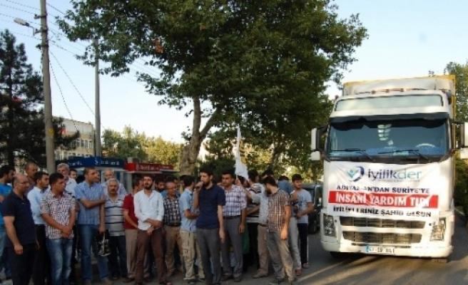 İyilik-der'den Suriye'ye 2 Tır Dolusu Yardım