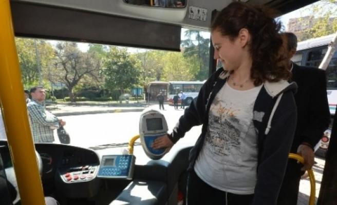 İzmir'de, Üniversite Öğrencilerine 'ekspres Hat' Müjdesi
