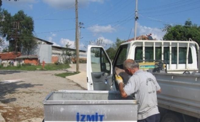 İzmit Belediyesi'nin Köylerdeki Hizmetleri Sürdürüyor