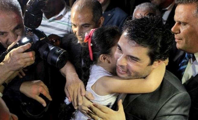 Kaçırılan diplomatlar serbest