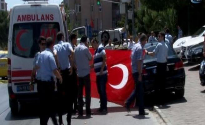 Kadıköy'de silah sesleri: Ölü ve yaralı var