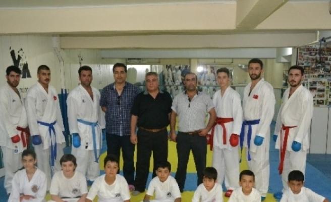 Karateciler, Şampiyona Hazırlıklarını Tamamladı