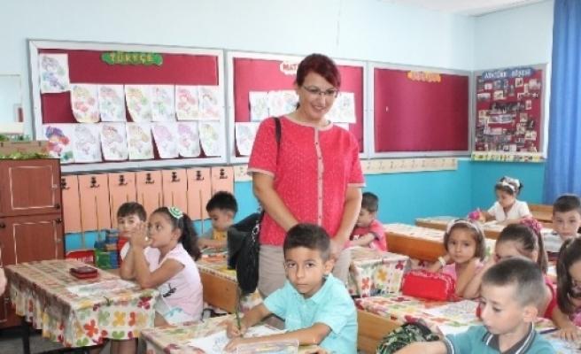 Kaymakam Baştürk, Eğitimcilerin Sorunlarını Dinledi