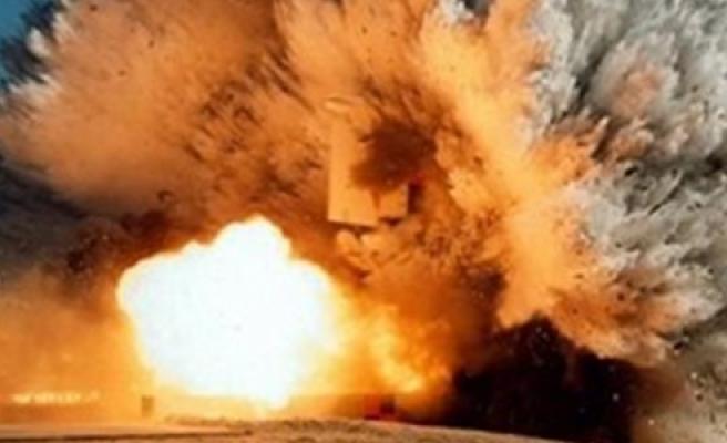 Kerkük'te bombalı saldırı!