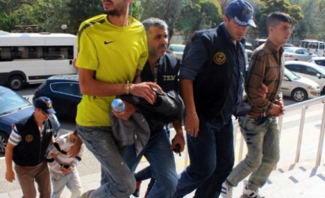 Kobani eylemcileri adliyeye sevk edildi