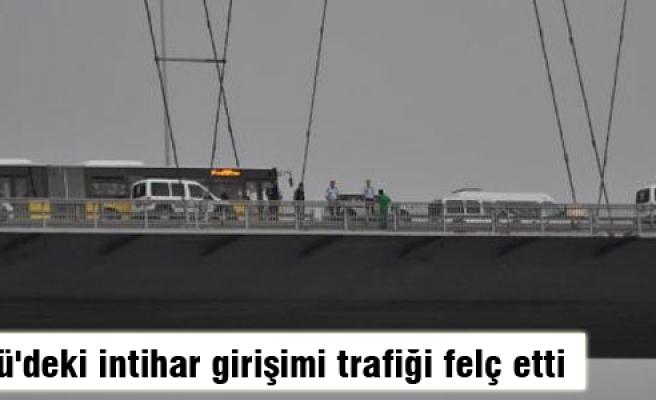 Köprü'deki intihar girişimi trafiği felç etti