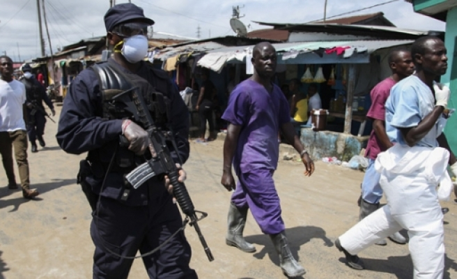 Liberya'da Ebola yüzünden sokağa çıkma yasağı!