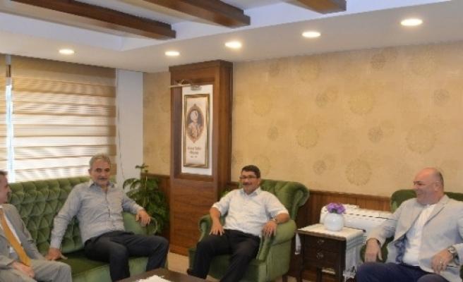 Manisaspor'dan Başkan Çelik'e Ziyaret