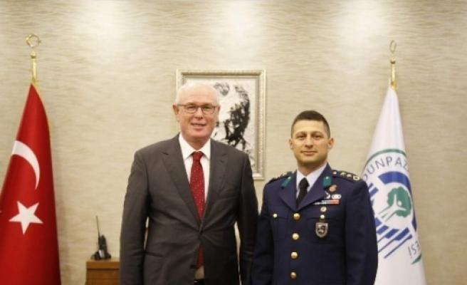 Merkez Komutanı Hamzacebi'den Başkan Kurt'a Nezaket Ziyareti