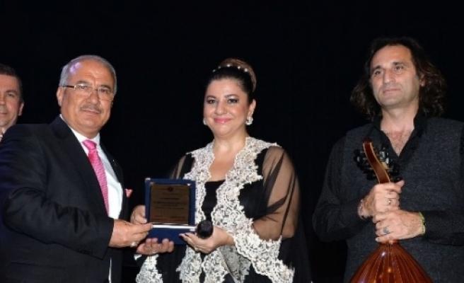 Mersinliler Türk Sanat Müziğine Doydu