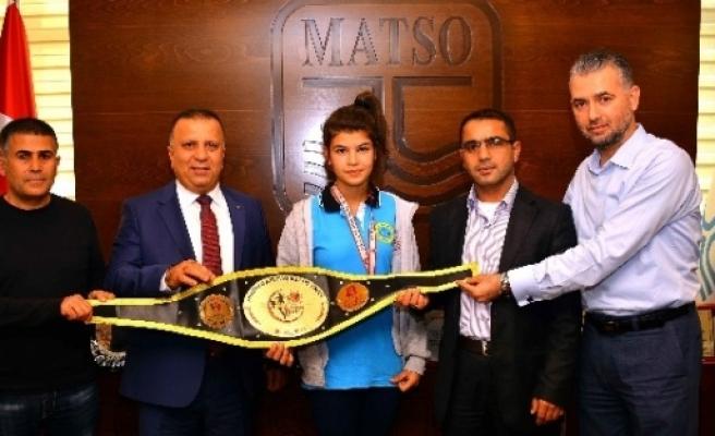 Muay Thai Şampiyonundan Matso Başkanı Boztaş'a Ziyaret