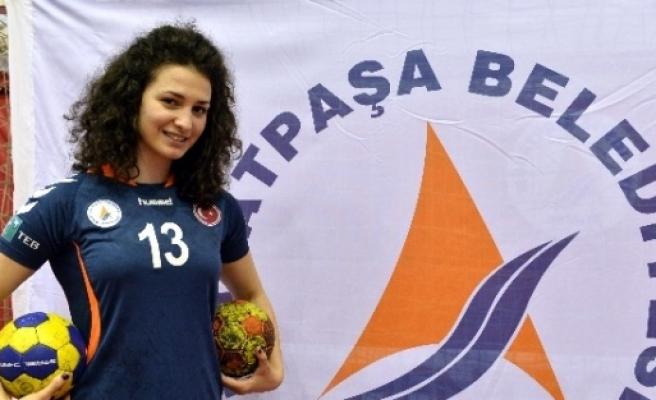 Muratpaşa Belediyespor, Zorıca'nın Sözleşmesini Feshetti