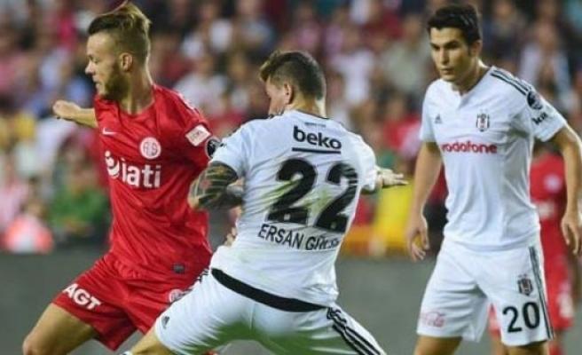 Ne Real ne de Bayern! Beşiktaş zirvede...