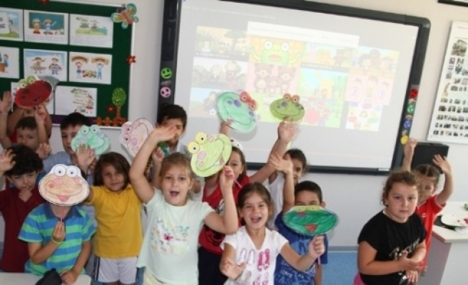 """Nilüfer Eğitim Kurumları Yeni Eğitim Yılına """"merhaba"""" Dedi"""