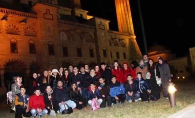 Öğrenciler Edirne'nin Tarihi Yerlerini Gezdi