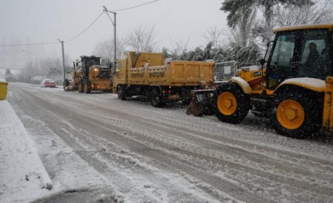 Osmangazi'de karla mücadele
