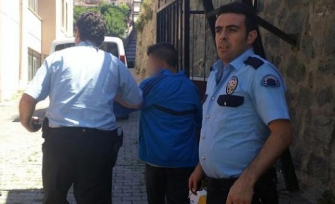Polis ile kapkaççı arasında nefes kesen kovalamaca