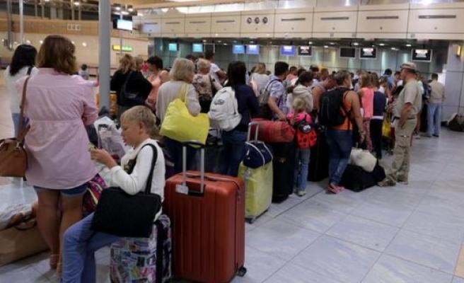 Rusya Mısır'a uçuşları durduruyor
