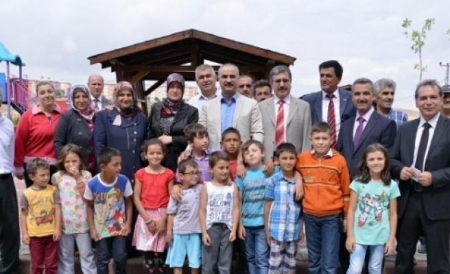 Sivas Belediyesi 10 Yeni Park Yaptı