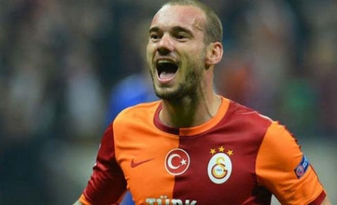 Sneijder Galatasaray'ın çılgın teklifini kabul etti