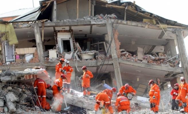 Son depremlerin ardından gözler Hatay'da!