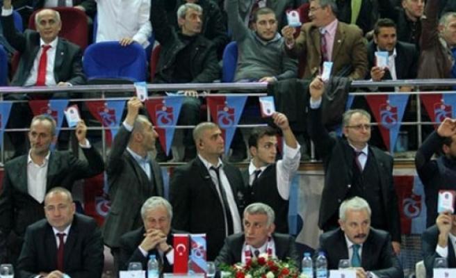 Trabzonspor'da sert kongre rüzgarı