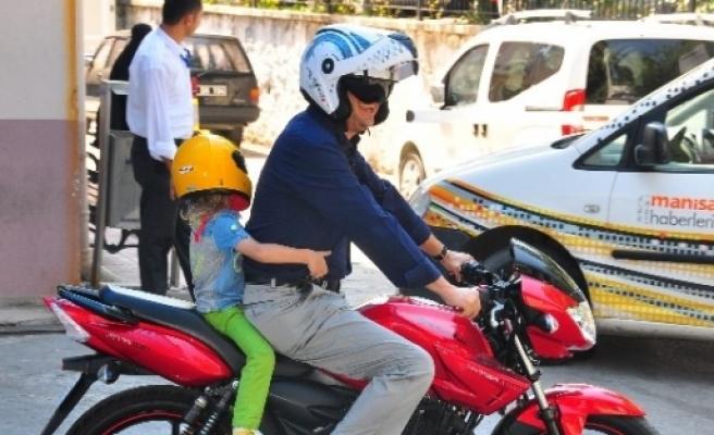 Trafikte Örnek Davranış