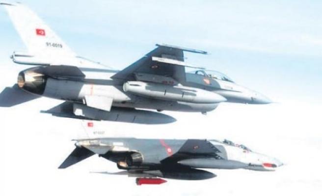 Türk F-16'ları 8 kez bombaladı