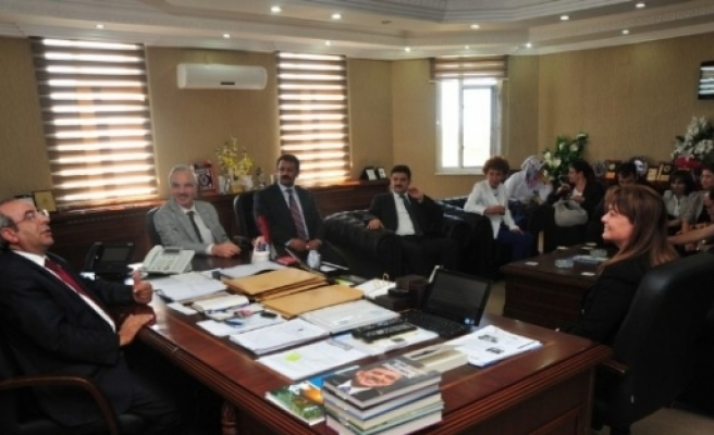 Türkiye Halk Sağlığı Kurumu Başkanı Özkan Rektör Battal'ı Ziyaret Etti