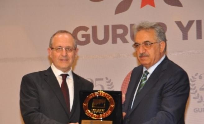 Türkiye'nin Sanayideki Gururu Gülsan Holding'e İki Ödül