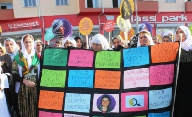 Van Dökh Kadına Şiddete Karşı Yürüyüş Ve Basın Açıklaması Yaptı