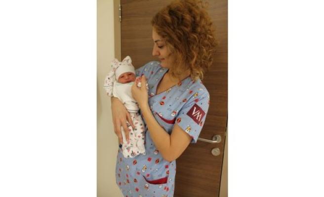 İlk bebek taburcu oldu!