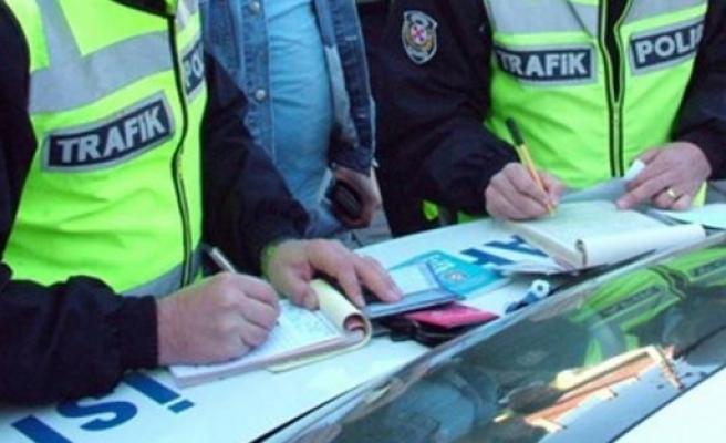 Yayalara yol vermeyen sürücülere 172 TL ceza