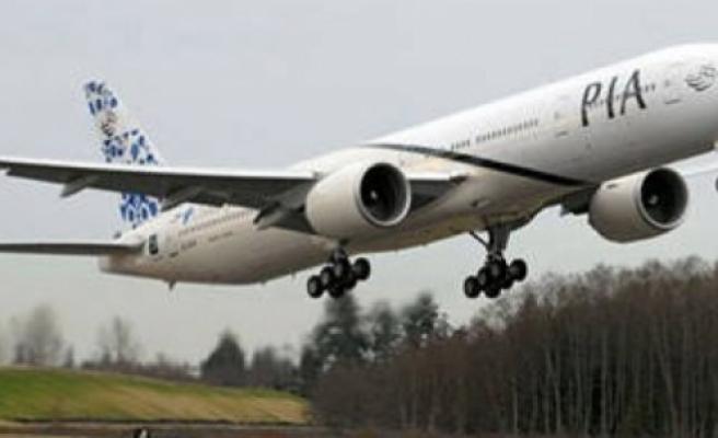 Yolcu uçağına havada ateş: 1 ölü