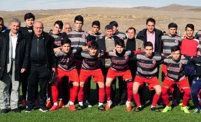 Yozgat Gençlerbirliği'nin Genç Takımı İddiali