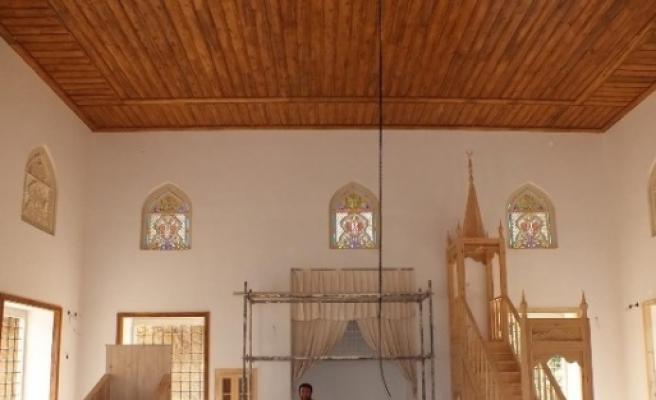 Yunan'ın 92 Yıl Önce İçindeki 78 Kişi İle Yaktığı Cami Yeniden Yapıldı