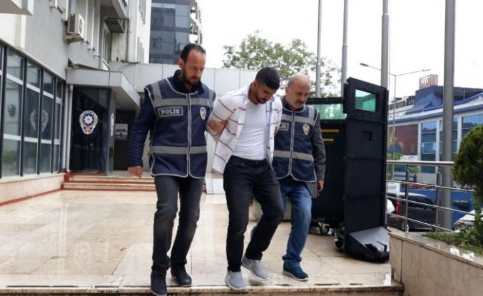 Bursa'da hırsız 12'nci eve girerken yakalandı