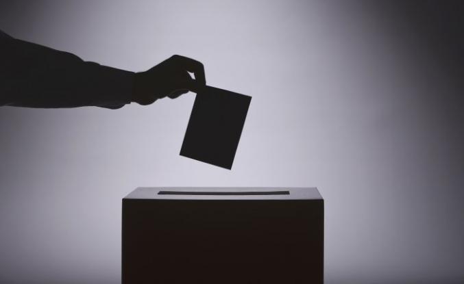 Erken seçim öncesi ilk adaylık başvurusu yapıldı