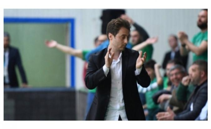 Bursaspor Basketbol'da Sezgin'den taraftara çağrı