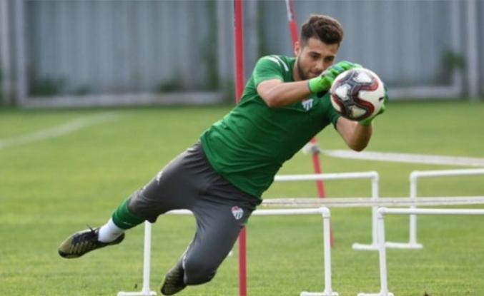 Bursaspor'un genç file bekçisine Göztepe radarı