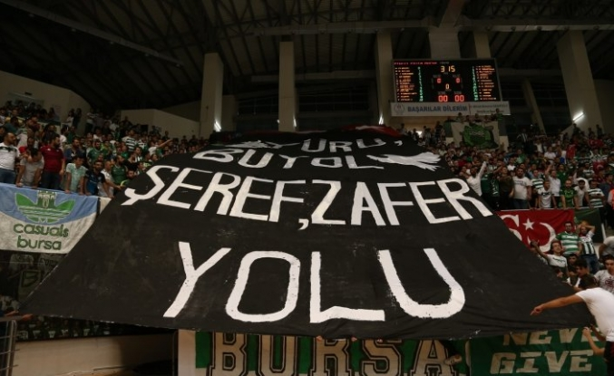 Bursaspor taraftarından Mehmetçiğe destek
