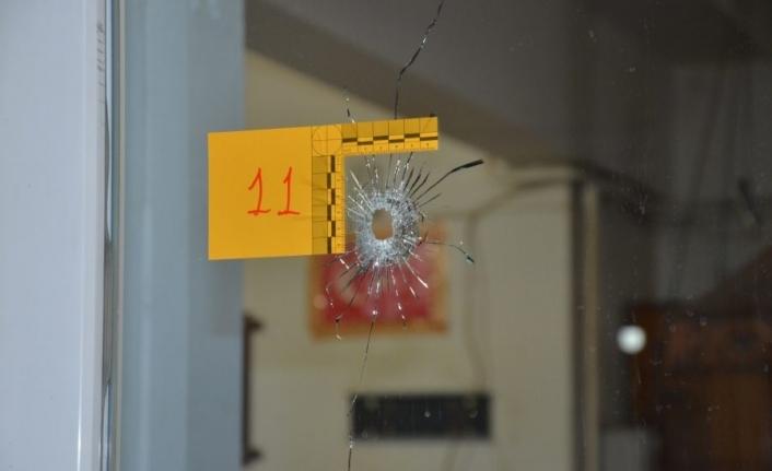 Bursa'da silahlı saldırı dehşeti! Kıraathaneye kurşun yağdırdılar!