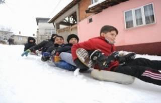 Kar en çok onları sevindirdi!