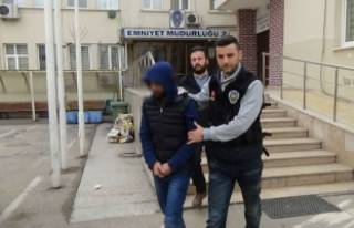 Bursa'da 20 kilo esrarla yakalandı!