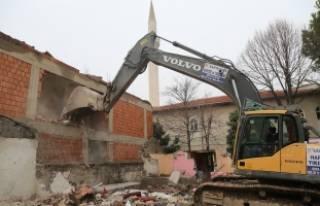 Bursa'da yıkıma devam ediliyor!