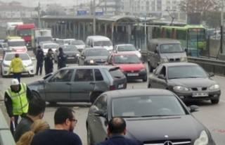 Bursa'da feci kaza! Ölümden döndüler...
