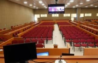 Bursa'daki FETÖ davası yarın da sürecek